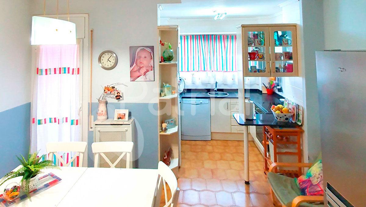 piso-en-venta-en-sariñena-cocina