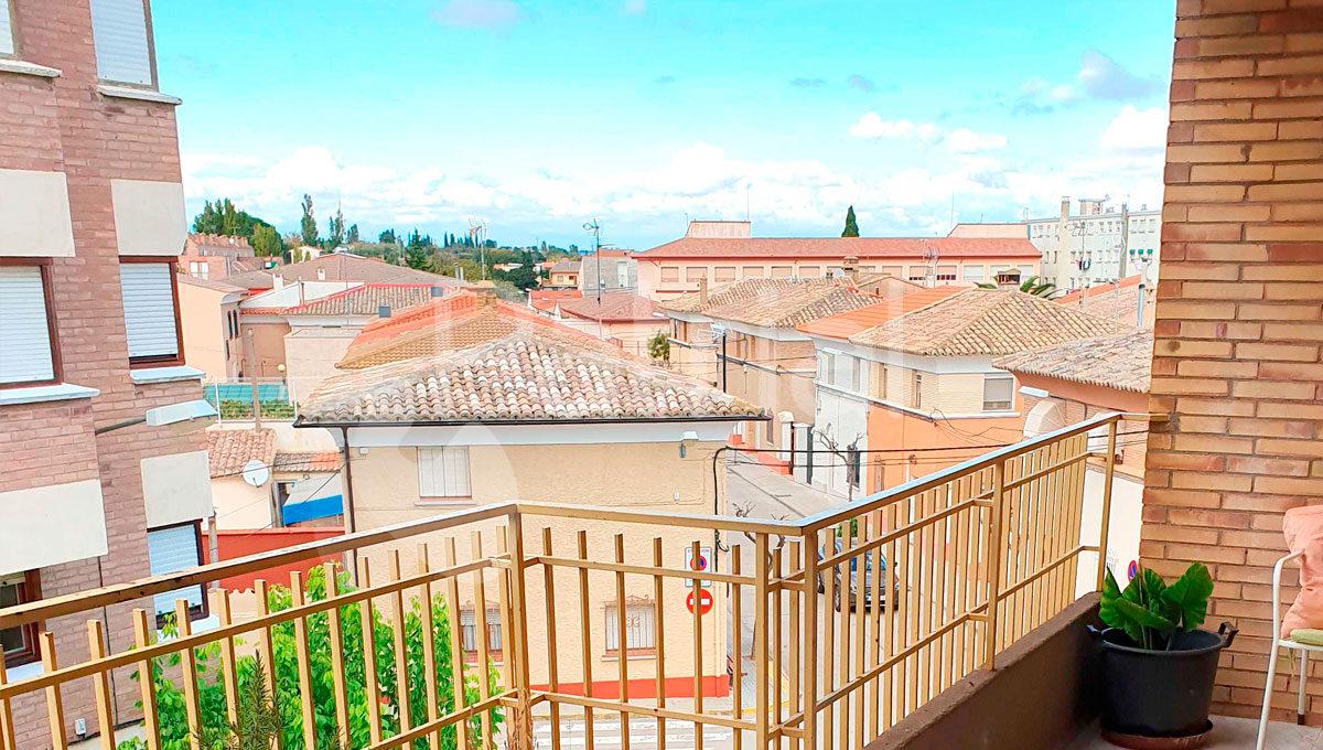 piso-en-venta-en-sariñena-terraza