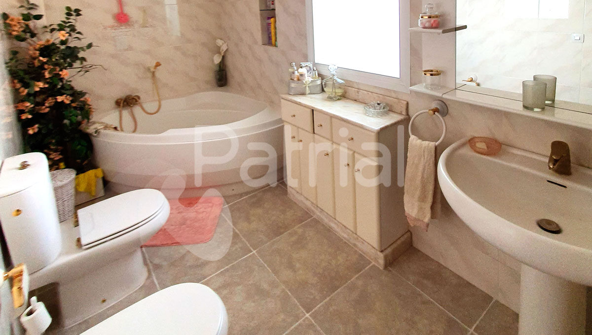 casa-en-venta-en-sariñena-huesca-baño