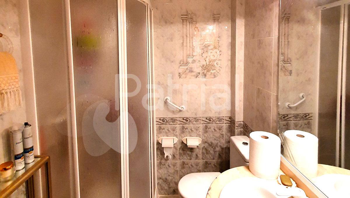 casa-en-venta-en-sariñena-huesca-baño-completo