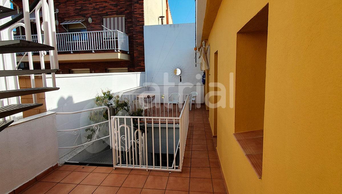 casa-en-venta-en-sariñena-huesca-terraza