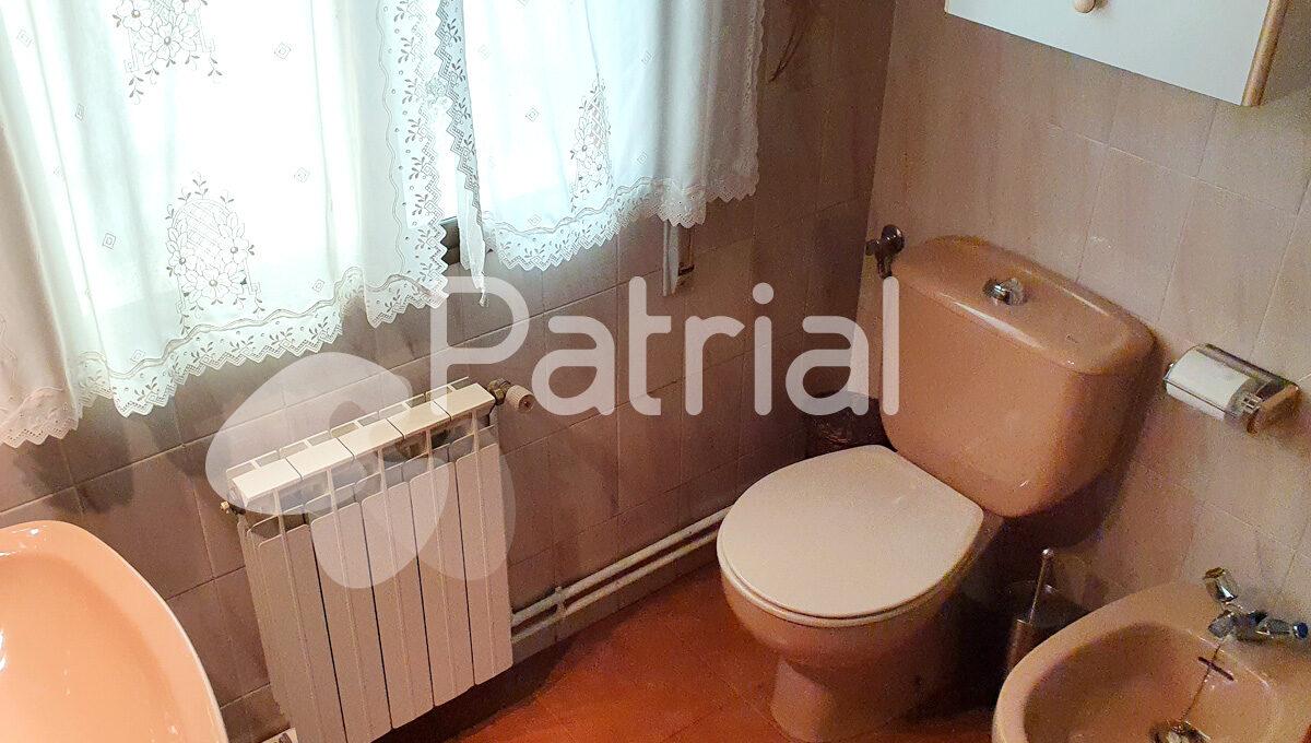 casa-en-venta-en-los-monegros-baño