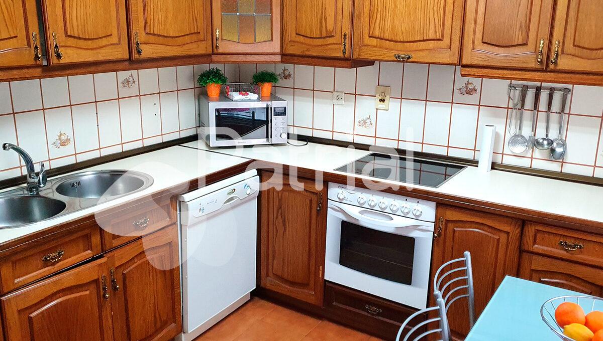 cocina-equipada-casa-en-venta-huesca