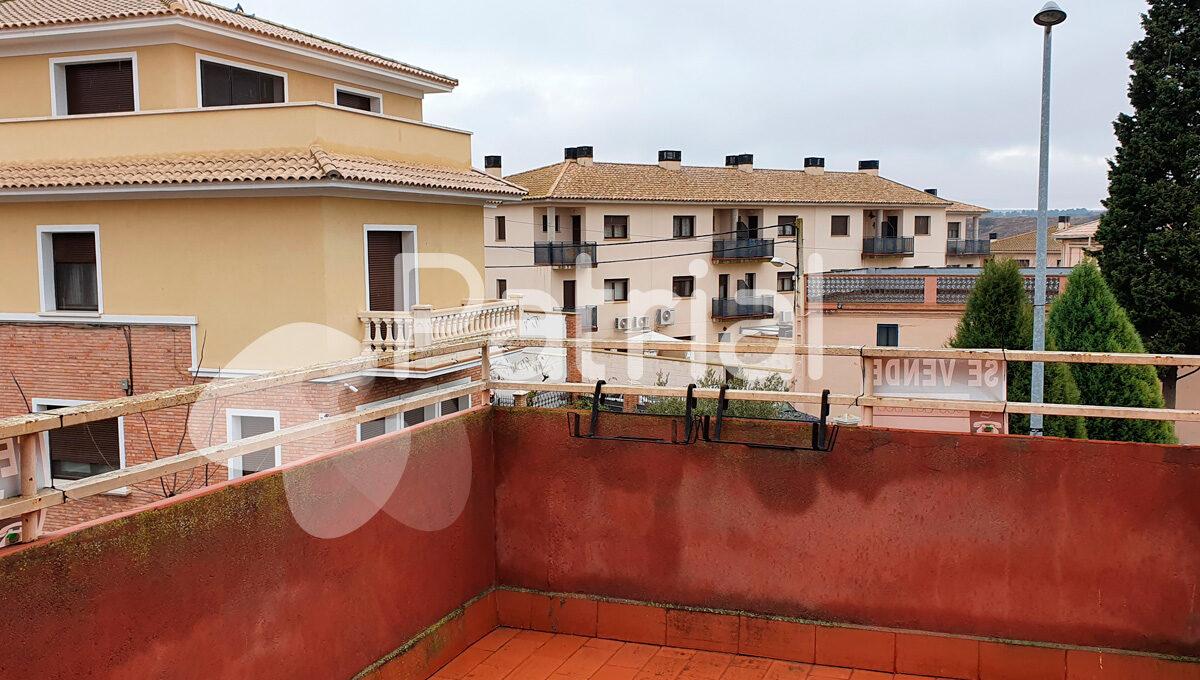 comprar-casa-en-sariñena-con-terraza